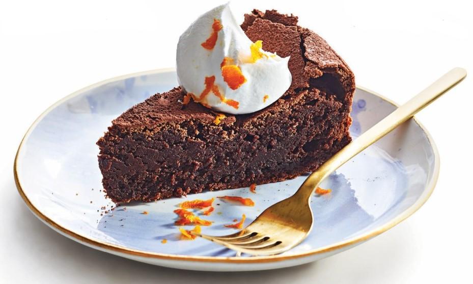 Flourless Almond Chocolate Cake with Orange